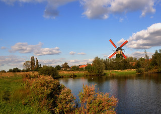 Hollands herfstlandschap met molen - Dutch autumn landscape with windmill | by RuudMorijn-NL -pc problems now-