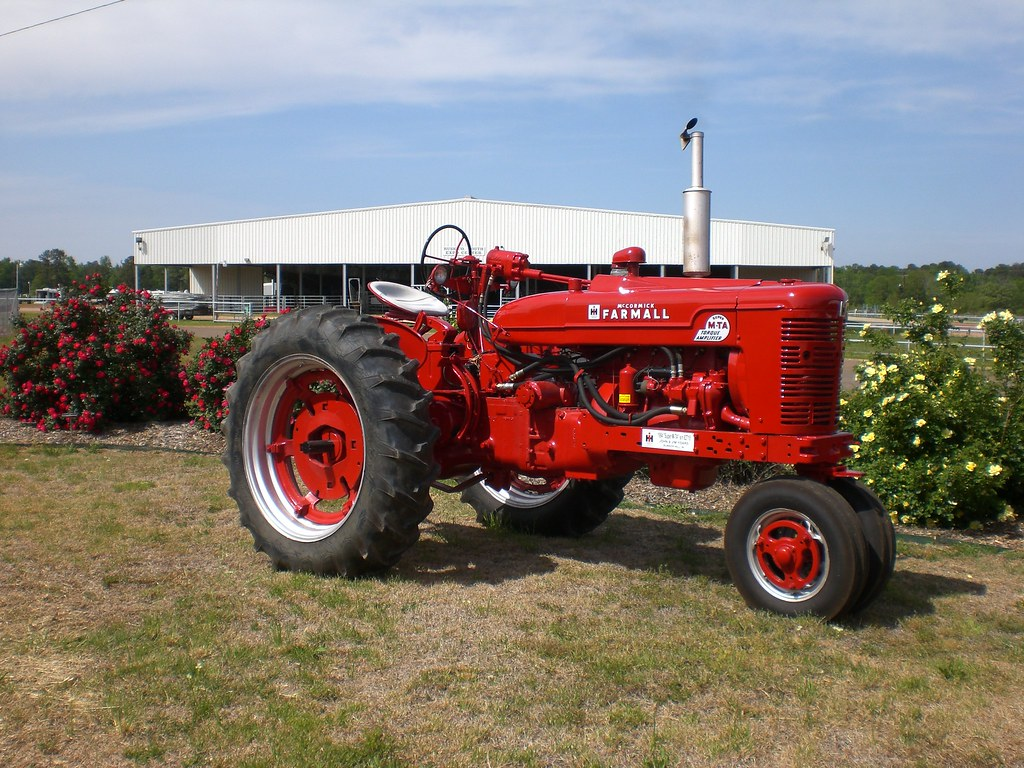 Ih 2424 Tractor Loader : Ih m tractor bing images
