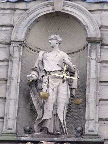 The Court House - Figure of Justice | by ell brown