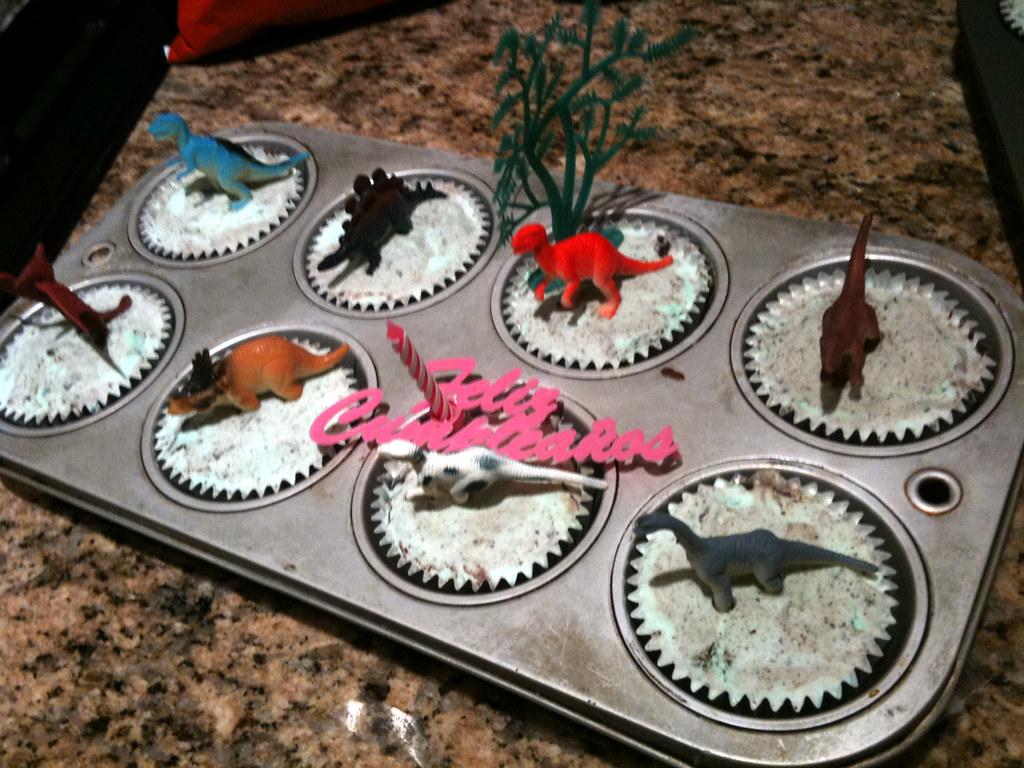 Birthday Cakes Surprise Az