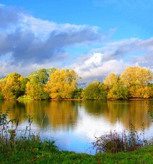 Autumn lake | by tina negus