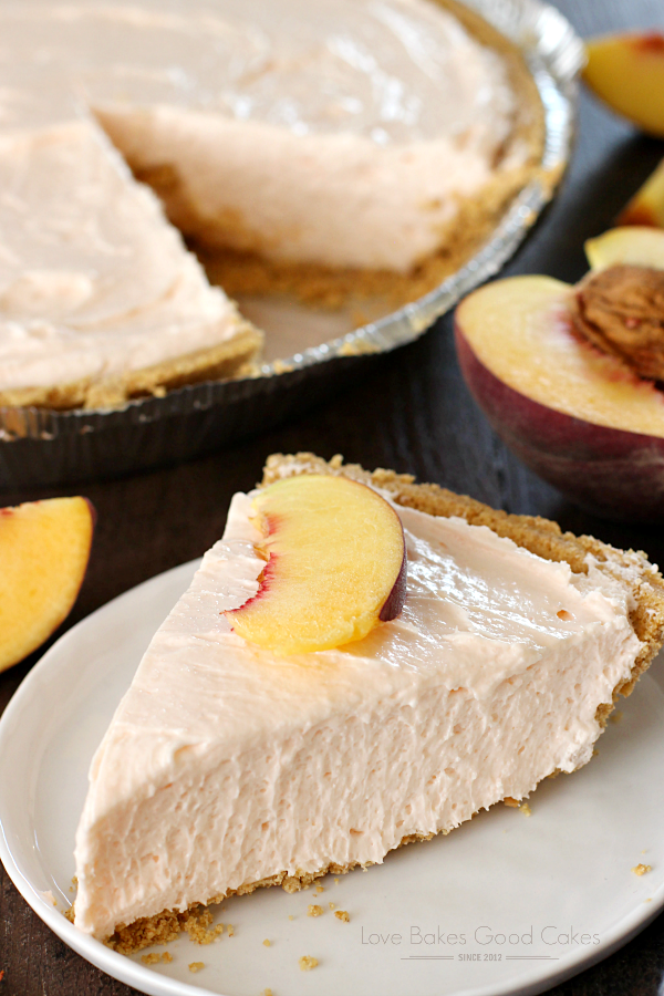 This No-Bake Peach Cheesecake was an INSTANT HIT!! You MUST make this!!