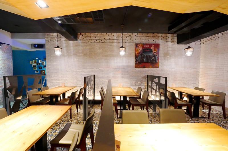 32887351531 6fd641fd93 c - 【熱血採訪】默爾義大利餐廳:漂亮歐風裝潢義式餐酒館 想吃義大利麵 燉飯 披薩 啤酒或焗烤通通有!