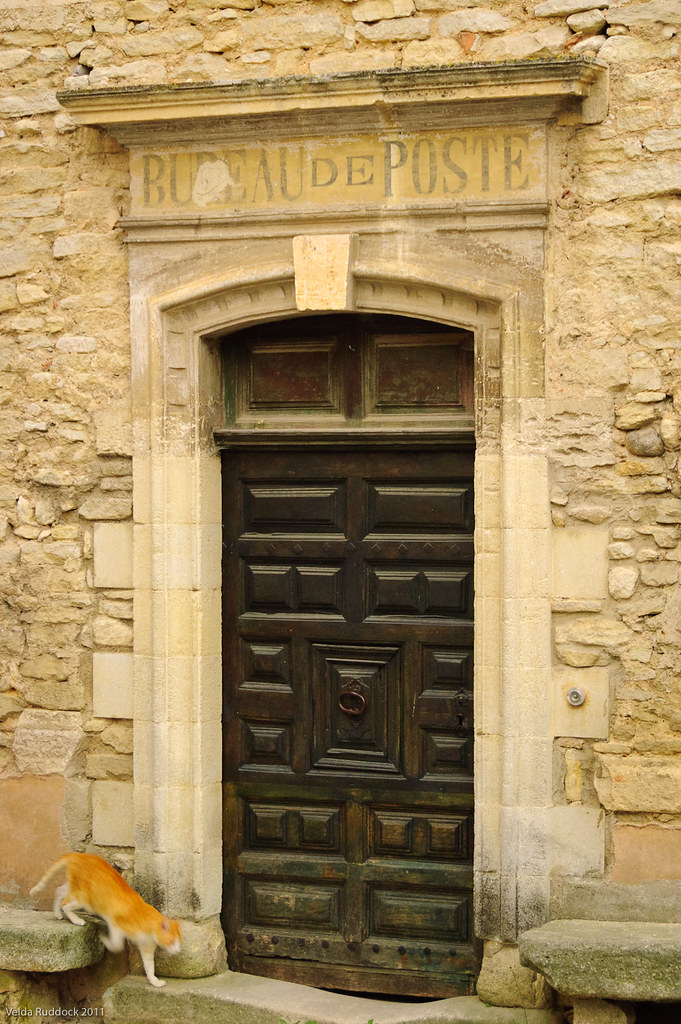 Bureau de poste in goult day 3 may 2 i doubt this is for Bureau de poste rousset 13