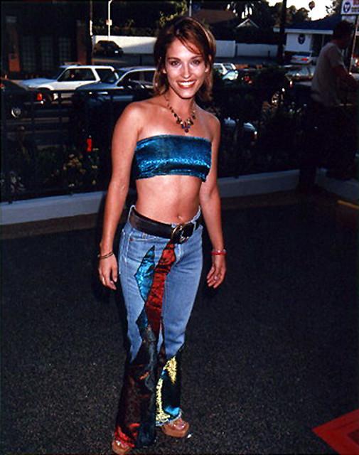 Amy jo johnson up shorts matchless theme