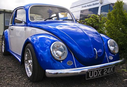 Blue & White VW Beetle   A blue & white VW beetle. Taken at …   Flickr