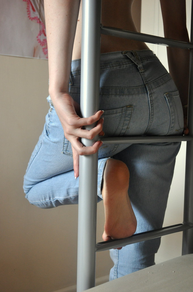 Bare Feet  Jeans  My Fiancee Leaning Against The Ladder -4630