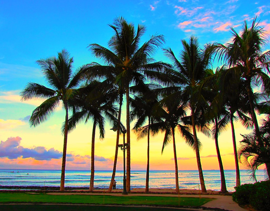 Sunrise, Waikiki Beach, Honolulu, Oahu, Hawaii | Snuffy ...
