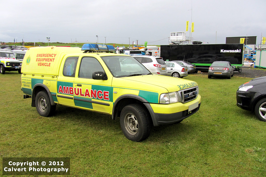 nias ambulance ford ranger emergency equipment vehic flickr. Black Bedroom Furniture Sets. Home Design Ideas