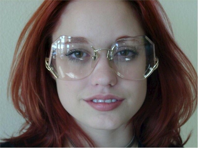 Nadia Wearing Rimless Large Drop Temple Glasses Sexy Amp V