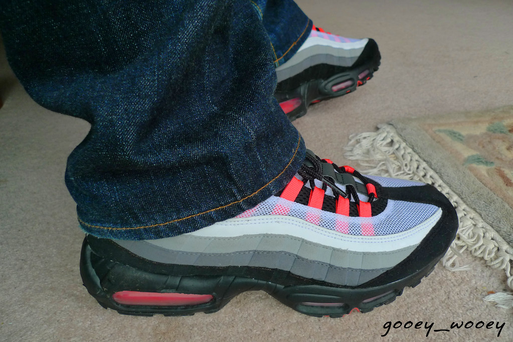 nike air max volleyball - Nike Air Max 95 Infrared iD. | if anyone has these in a US9.�� | Flickr