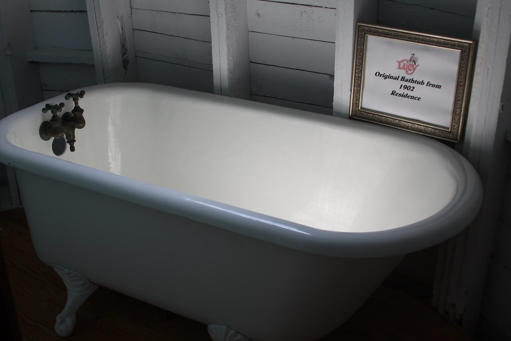 lucy the elephant bathtub lucy the elephant margate nj ju flickr. Black Bedroom Furniture Sets. Home Design Ideas
