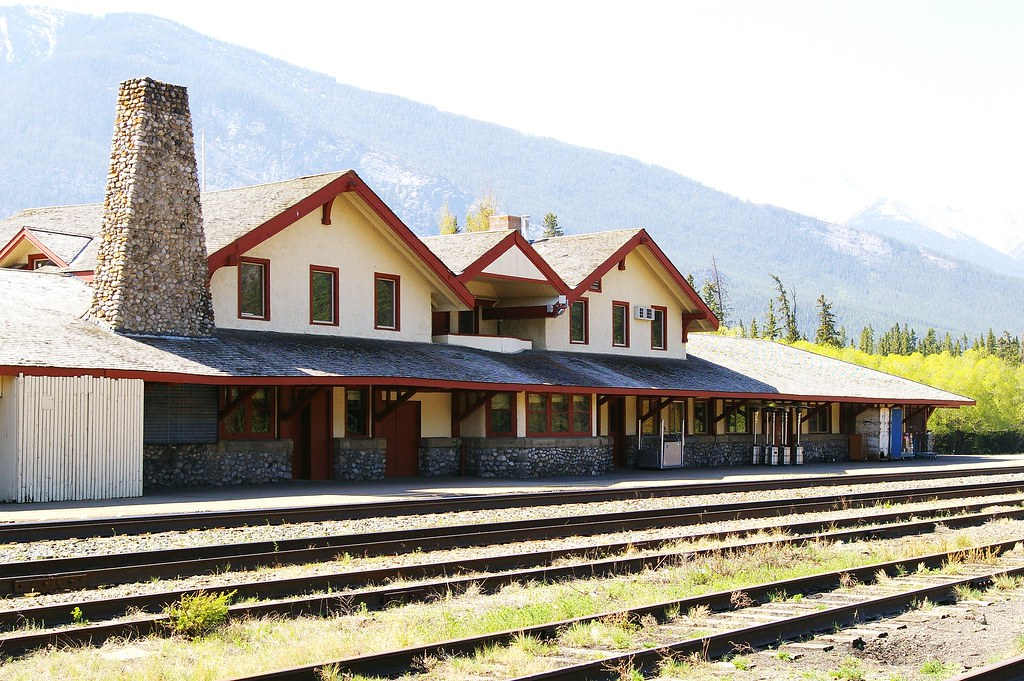 Banff Ab Train Station Built By Canadian Pacific Railway Flickr