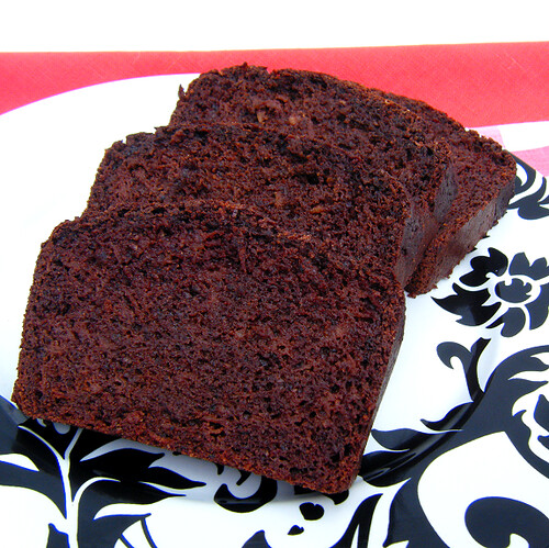 Healthy Chocolate Zucchini (or Apple) Bread | by HealthyIndulgencesBlog