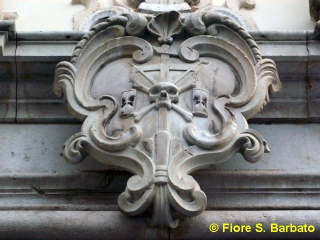 bagnoli irpino (av), 2009, particolare del portale della c?   flickr - Fiori Bagnoli Irpino
