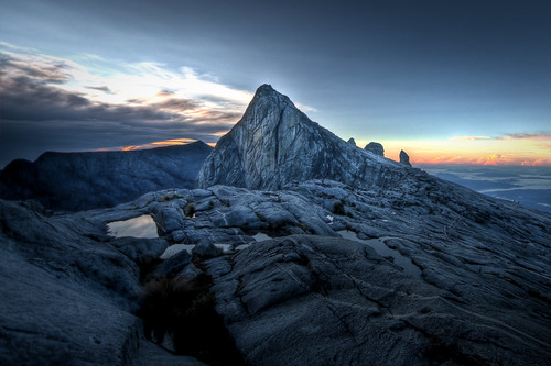 Sunrise across Mount Kinabalu | by Benn...