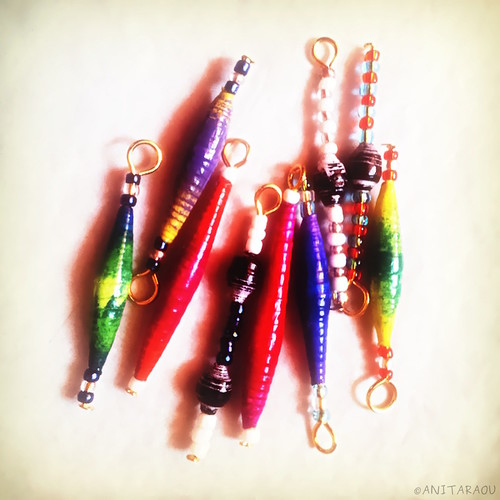 Paper beads, Seed beads