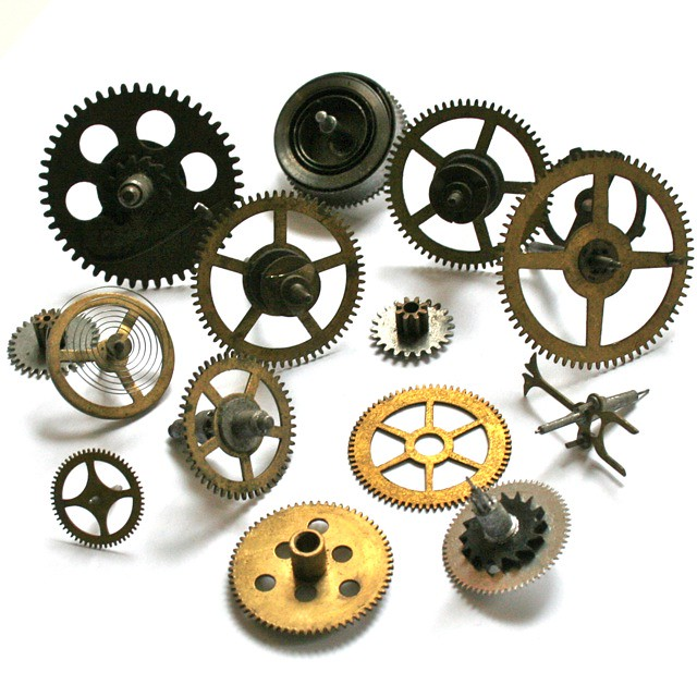 Antique Wheels And Gears : Antique vintage clock gears and wheels for steampunk jew