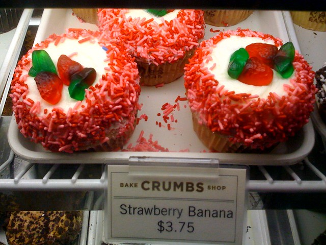 Crumbs strawberry banana cupcakes | See Cupcakes Take the Ca ...