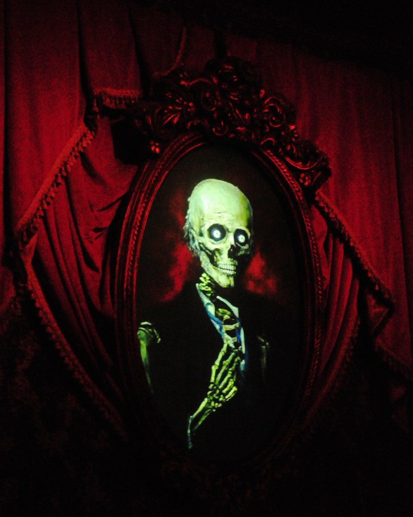 Haunted Mansion Foyer Wallpaper : Haunted mansion foyer changing portrait in the