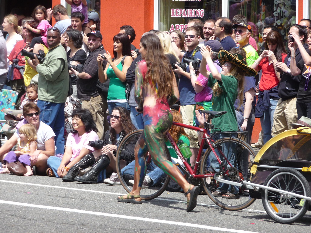 Fremont Solstice Parade 2009: Naked and Paint | Mark ...