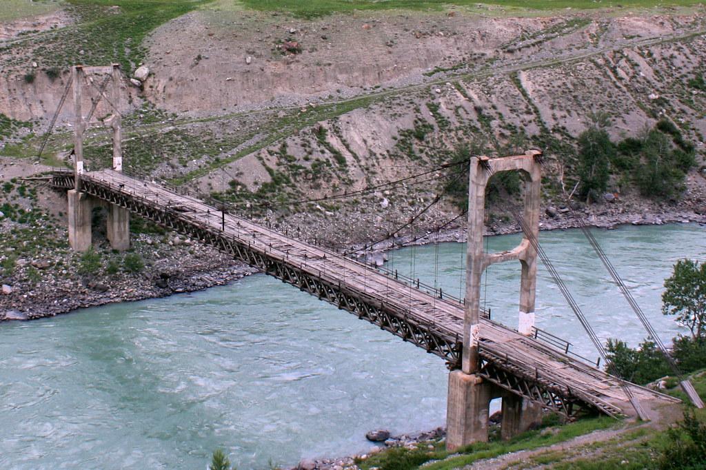 Старый мост через Катунь в Ине