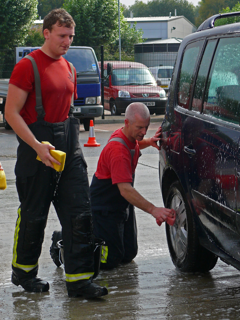 Aylesbury Fire Station Charity Car Wash 09 Steve Cook