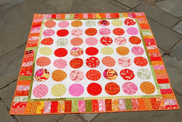 ORBC Q-Along Circle Quilt from leftovers   Q-Along Leftovers…   Flickr : q for quilt - Adamdwight.com