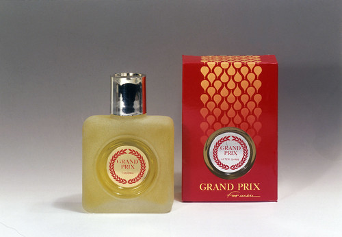 Perfume grand prix portugal fot grafo est dio hor cio for Biblioteca cologne