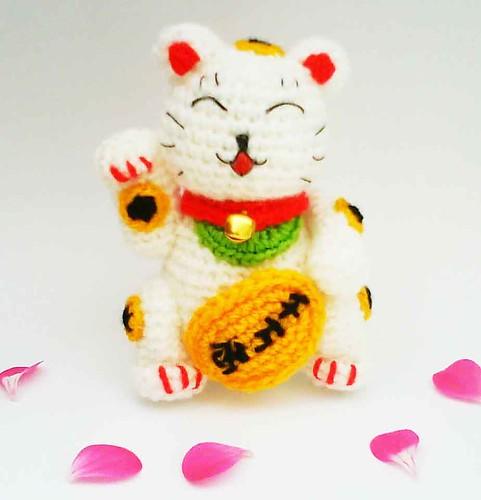 Amigurumi Cat Pattern Japanese : Maneki Neko Lucky Cat Amigurumi Crochet Pattern This ...