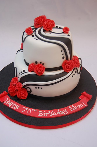 Fine Black And White Rose Swirl Cake Beautiful Birthday Cakes Funny Birthday Cards Online Inifodamsfinfo