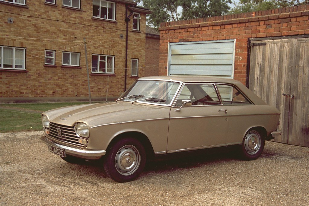 peugeot 204 coupe rhd 1968 this was the first of two peuge flickr. Black Bedroom Furniture Sets. Home Design Ideas