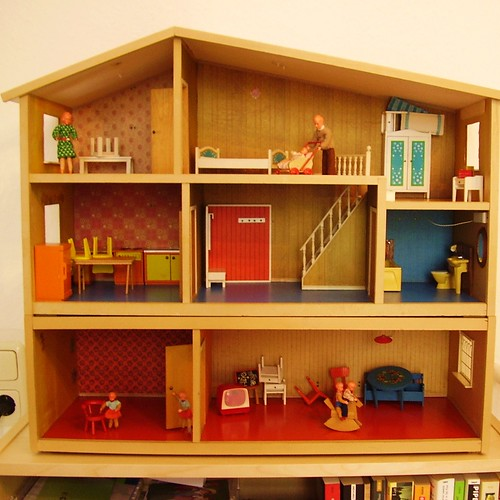 lundby puppenhaus dollhouse 1972 73 yesterday family lun flickr. Black Bedroom Furniture Sets. Home Design Ideas