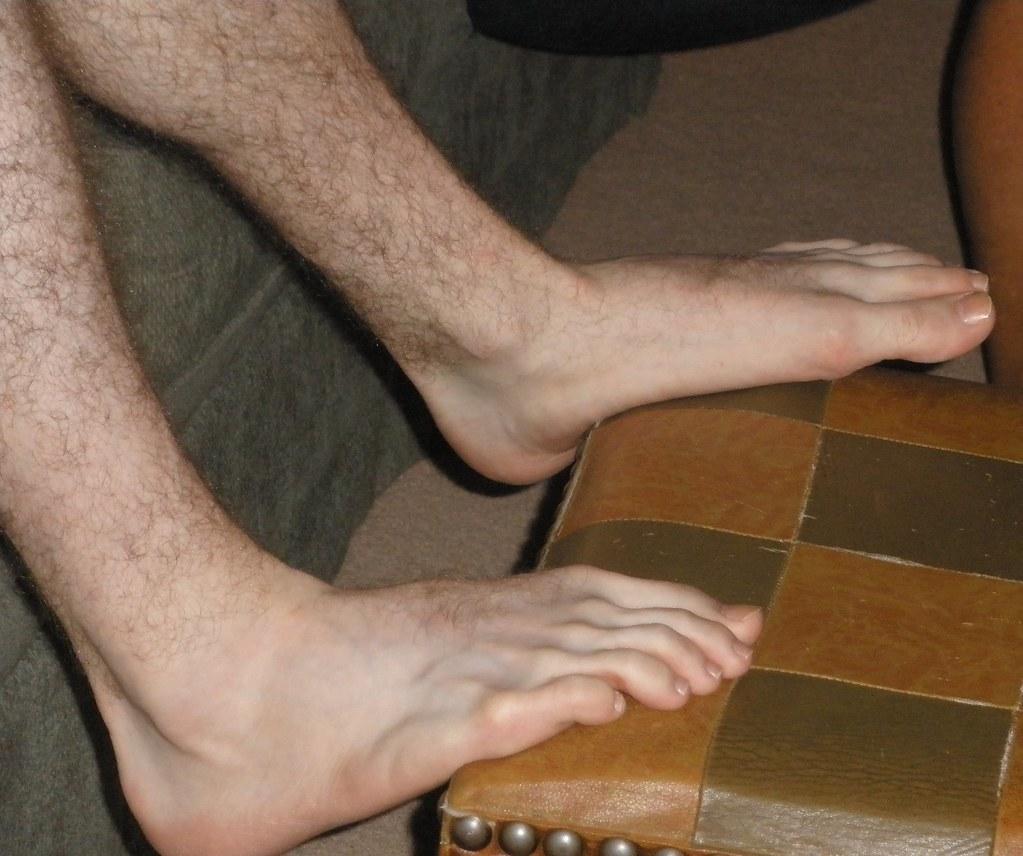 Boy feet licked toes sucked buff guy foot 3