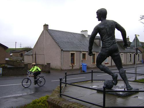 Jim Baxter Statue