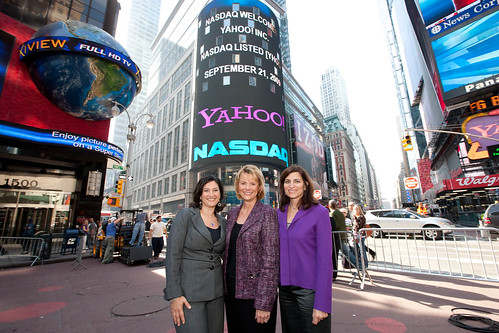 Elisa Steele, Carol Bartz, and Hilary Schneider in Times Square | by Yahoo Inc