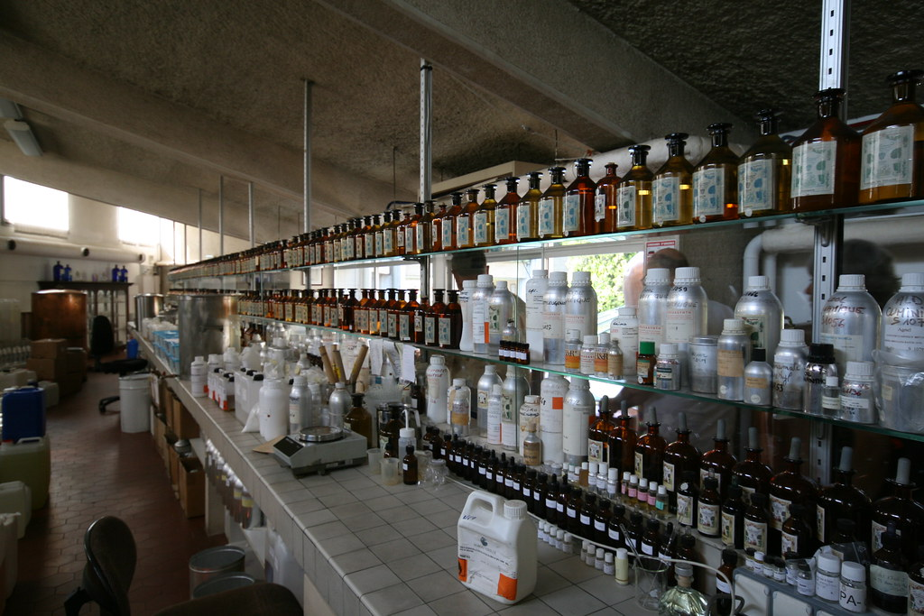 Perfume Factory, Grasse, France | Very cool perfume ...