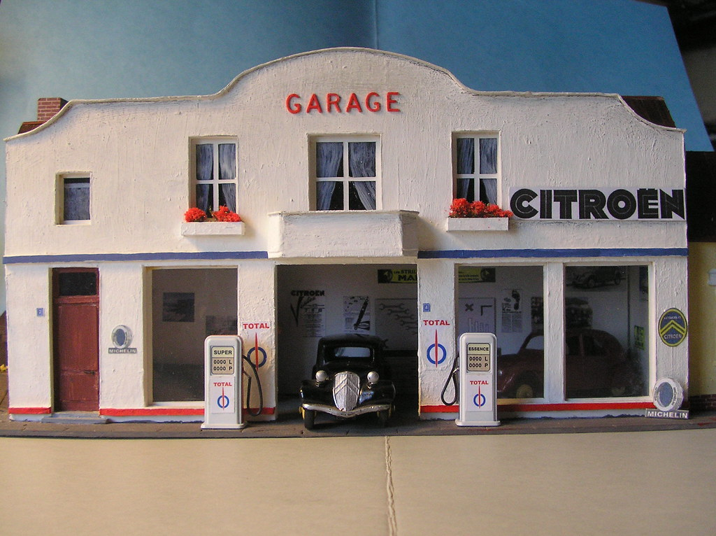 Maquettes au 1 43 flickr - Garage miniature citroen ...