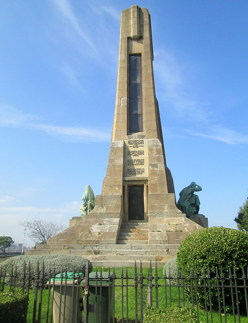Monument to Evaristo Churruca 1.