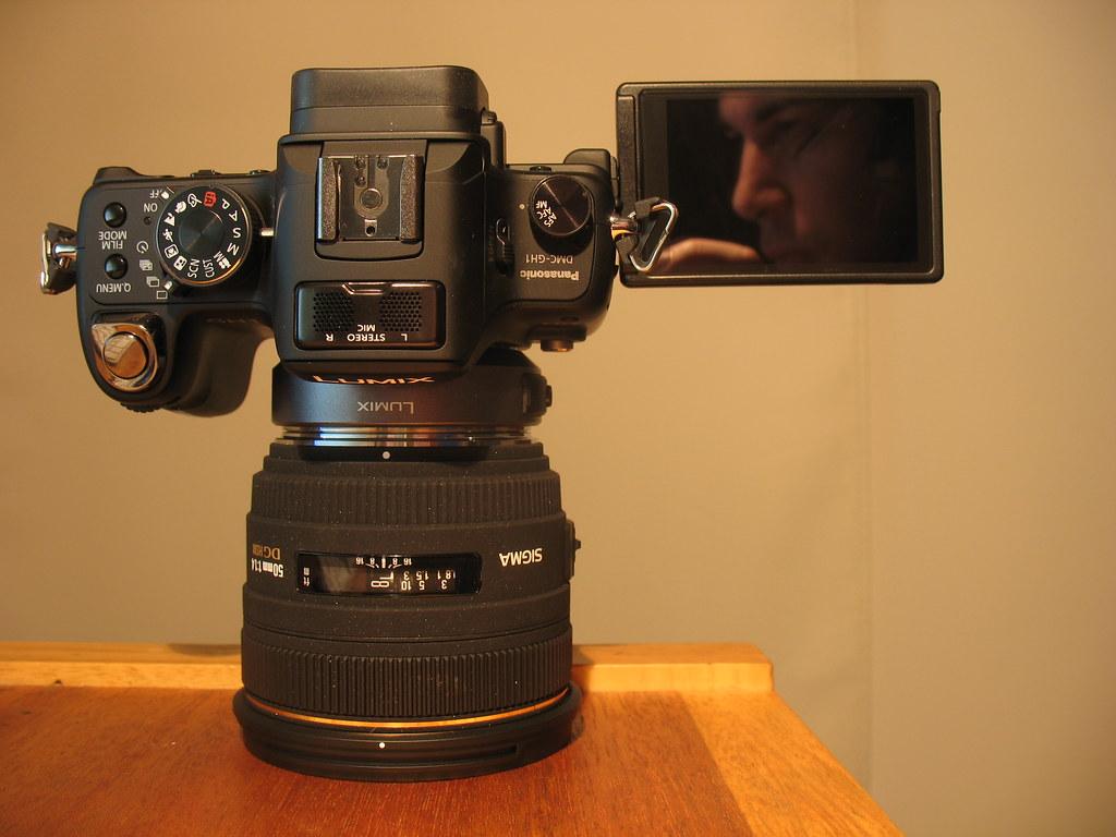 Panasonic Gh1 Sigma 50mm F 1 4 Ex Dg Hsm This Lens