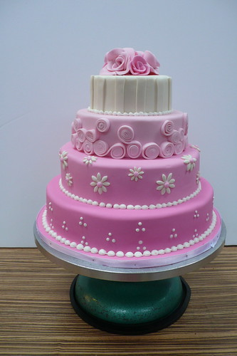 Sweet Pink wedding cake 2 | by CAKE Amsterdam - Cakes by ZOBOT