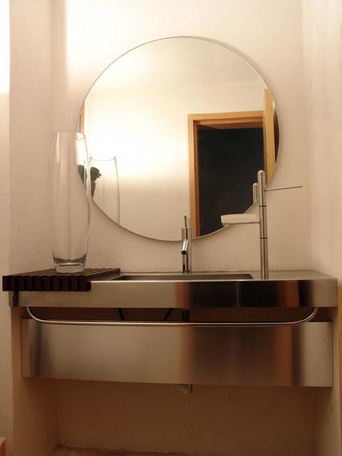 Lavabo en Acero Inoxidable.Diseño de Muebles de Baño. Acce ...