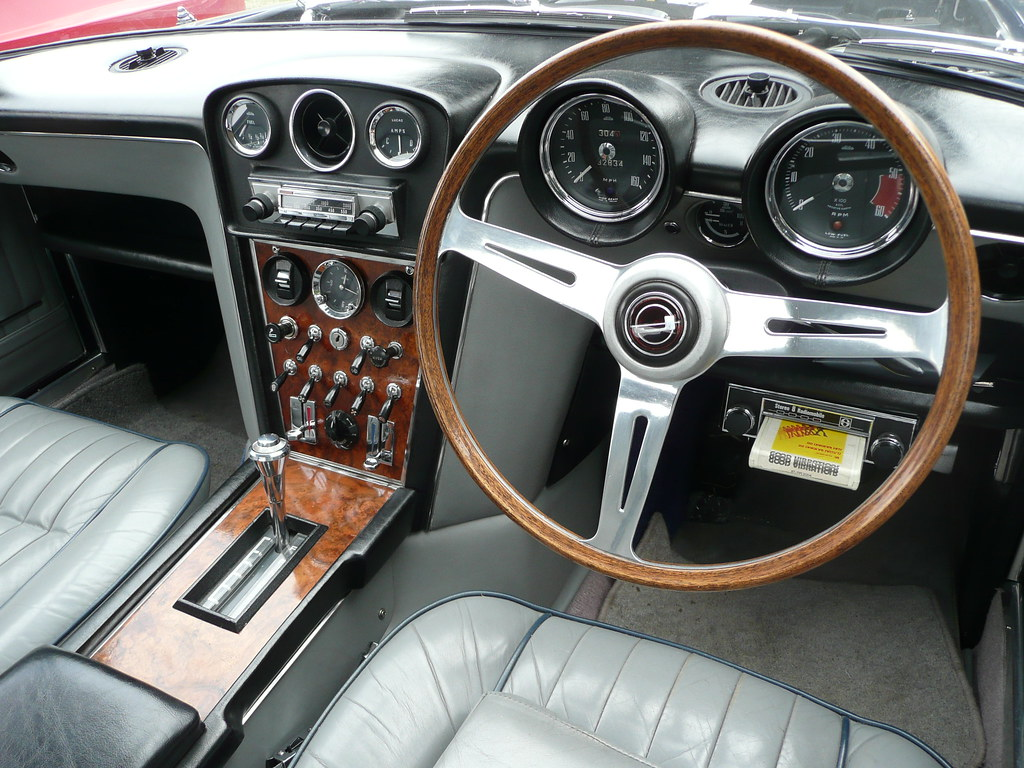 jensen interceptor interior this immaculate example is own flickr. Black Bedroom Furniture Sets. Home Design Ideas