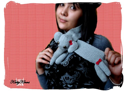 Elephant Scarf (red bows) | by ♥ Cateaclysmic ♥