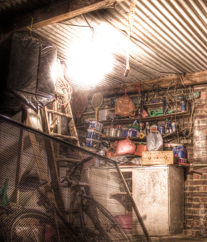 Garage 01 HDR | by canodew