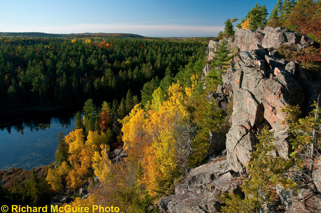 Eagles Nest, Calabogie Highlands, eastern Ontario | Autumn ...