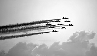 le frecce tricolori in black&white /   the tricolor arrows in black&white | by maudanros