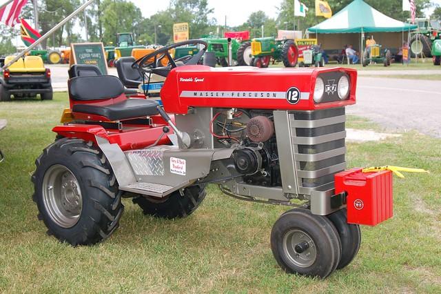 Massey Ferguson 12 Old Fashioned Farmers Days Van Wert O Flickr