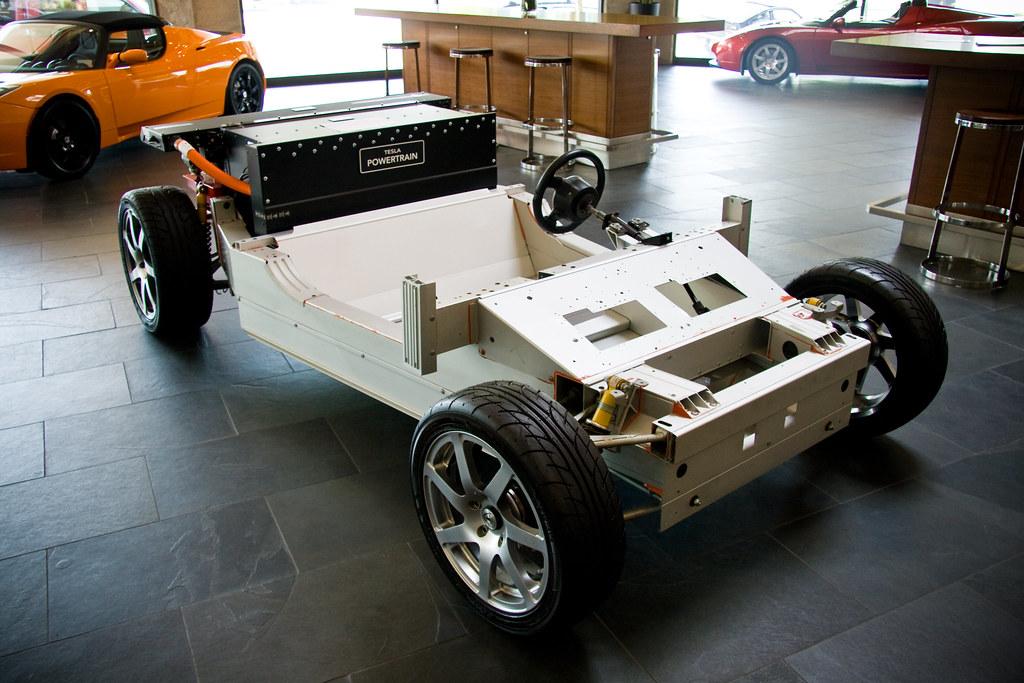 Tesla >> Tesla Roadster Chassis | Tesla Roadster Chassis at the Tesla… | Flickr