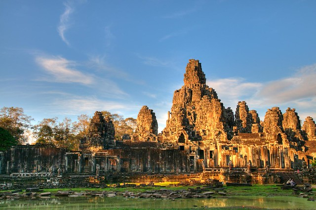Angkor Wat //embedr.flickr.com/assets/client-code.js